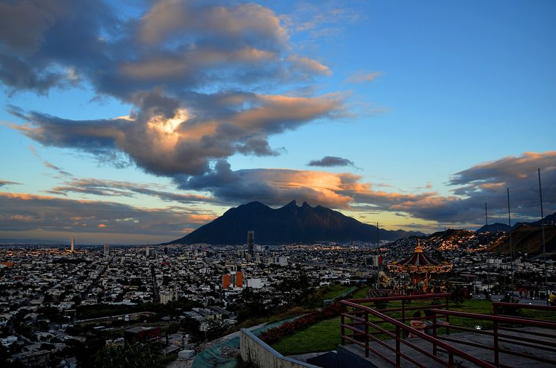 Vuelos baratos a Monterrey