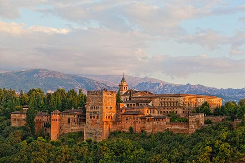 Castillos y Fortalezas de España Alhambra-arabic-fortress-granada-spain-andalusia