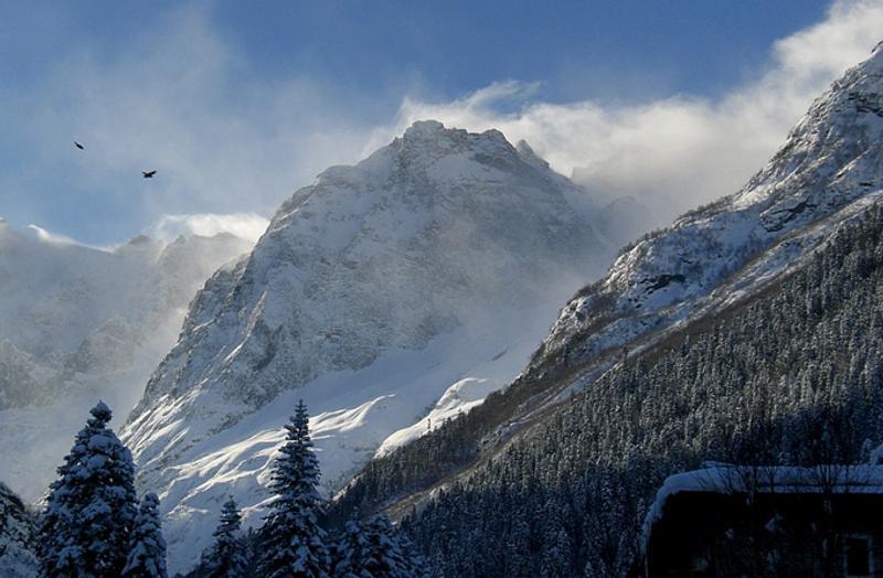 Горы на Домбае, Кавказ, Россия