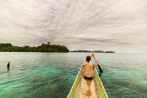 Tips Liburan Hemat ke Taman Nasional Kepulauan Togean, Sulawesi Tengah - Canoing