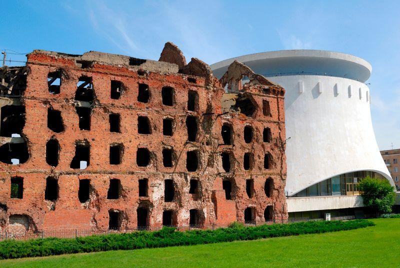 Руины мельницы в Волгограде
