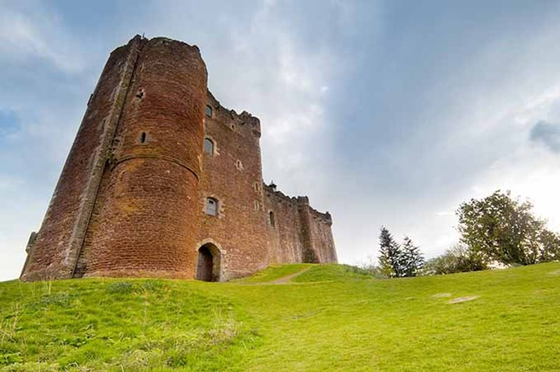 castillo de doune en escocia juego de tronos
