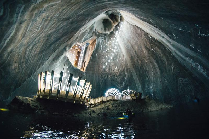 Подземный санаторий Салина Турда в соляной шахте в Румынии