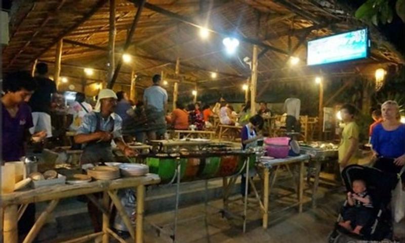 Khlong Thom夜市