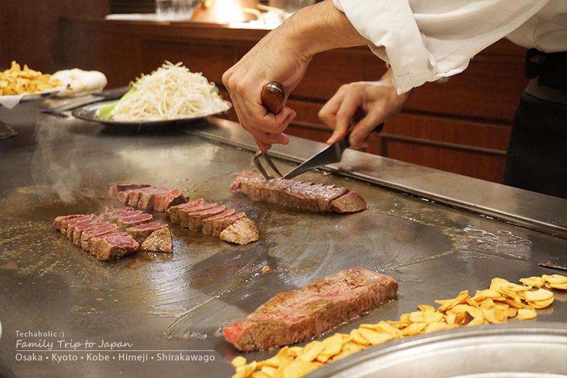 สเต็กเนื้อโกเบในประเทศญี่ปุ่น