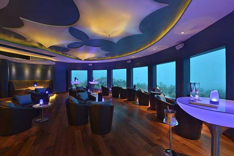 Club unter Wasser: Auf den Malediven gibt es viele Unterwasser-Einrichtungen.