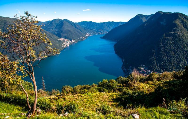 I 15 laghi pi belli d 39 italia for Monti del trentino