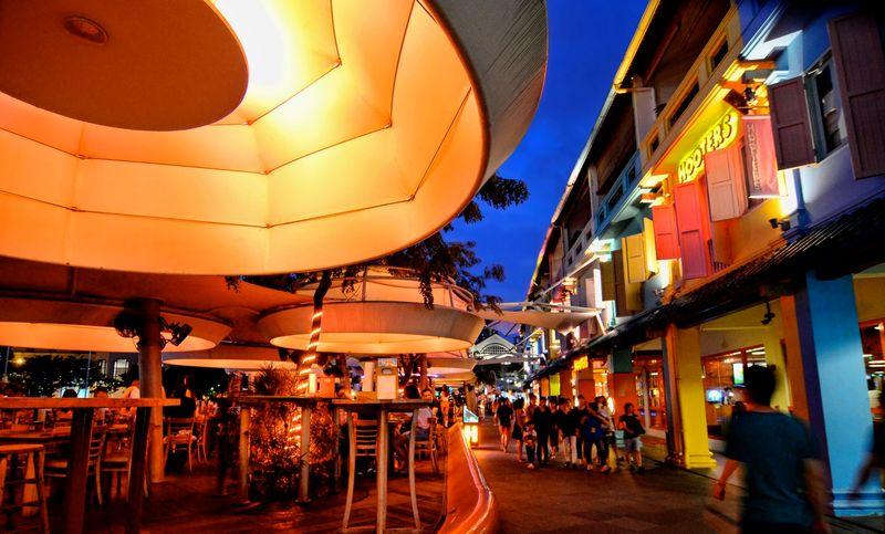 Вечерняя прогулка по Сингапуру