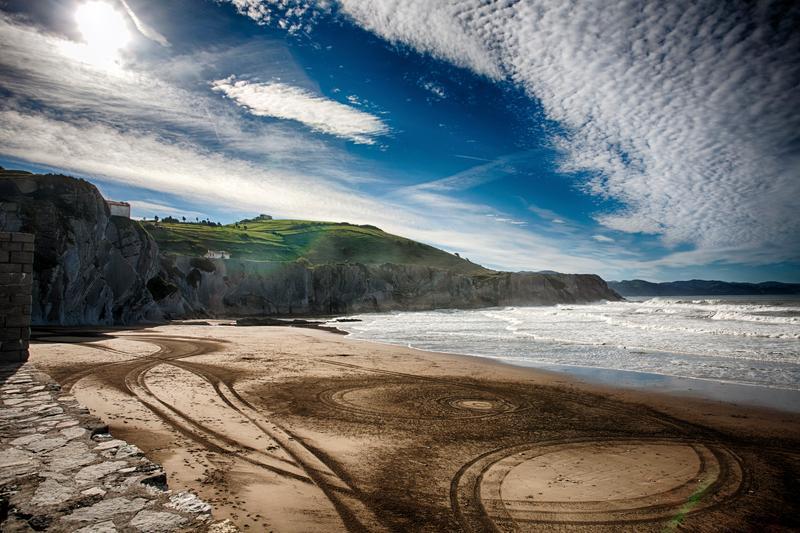 playa de itzurun zumaya