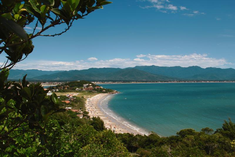 Clique na foto e encontre as passagens aéreas mais baratas para Florianópolis!