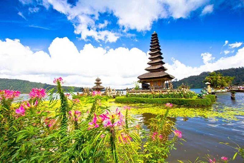 templo en bali indonesia