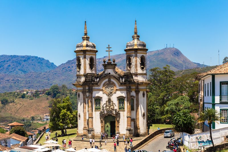 Encuentra hospedaje en Ouro Preto clicando la foto