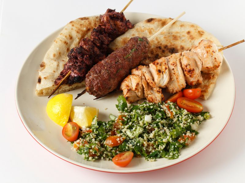 Kebab, salah satu makanan khas Turki yang sudah cukup familiar di Indonesia