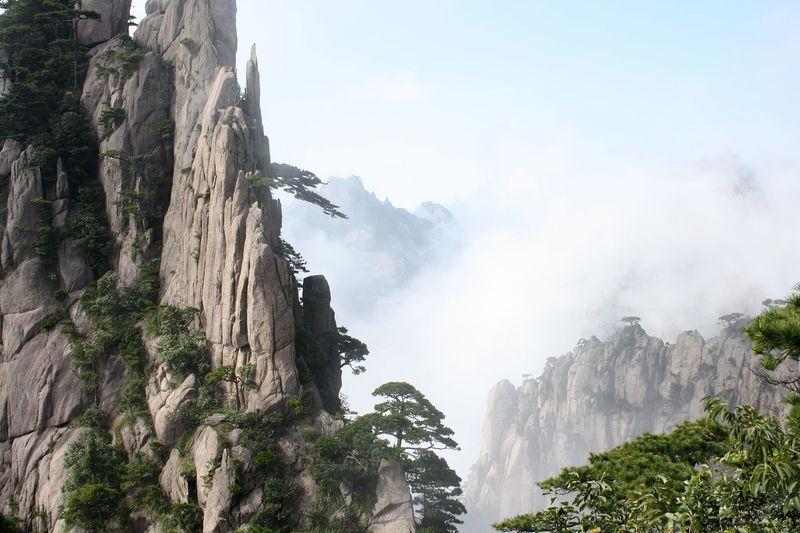 Гора Хуаншань в Китае
