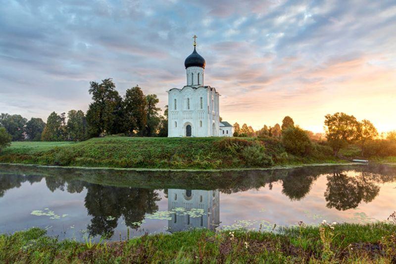 Церковь Покрова на Нерли, Россия
