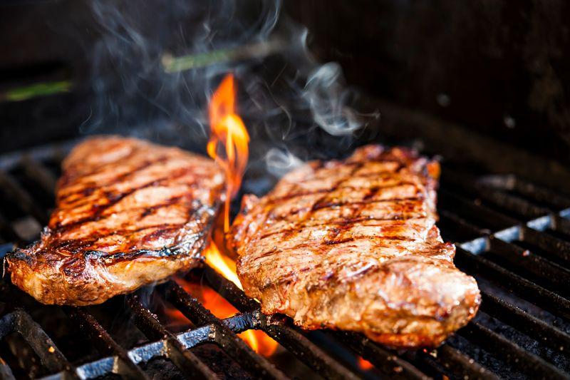 Grilled Beef, salah satu makanan yang bisa Anda nikmati di restoran Osmose & World Grill