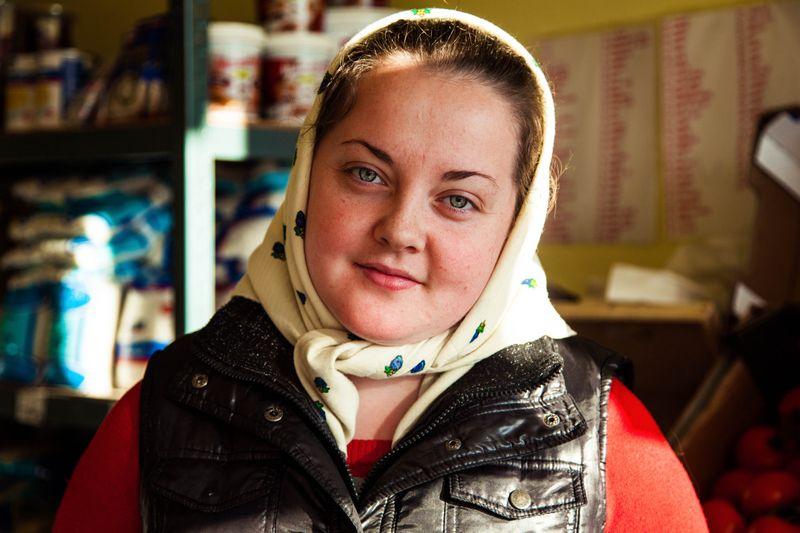 """Румынская женщина из фотопроекта Михаэлы Норок """"Атлас красоты"""""""