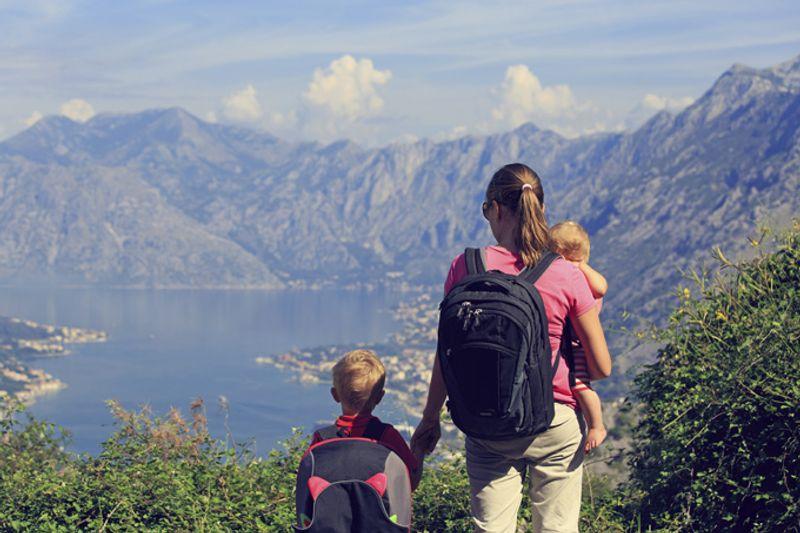 С детьми в горах