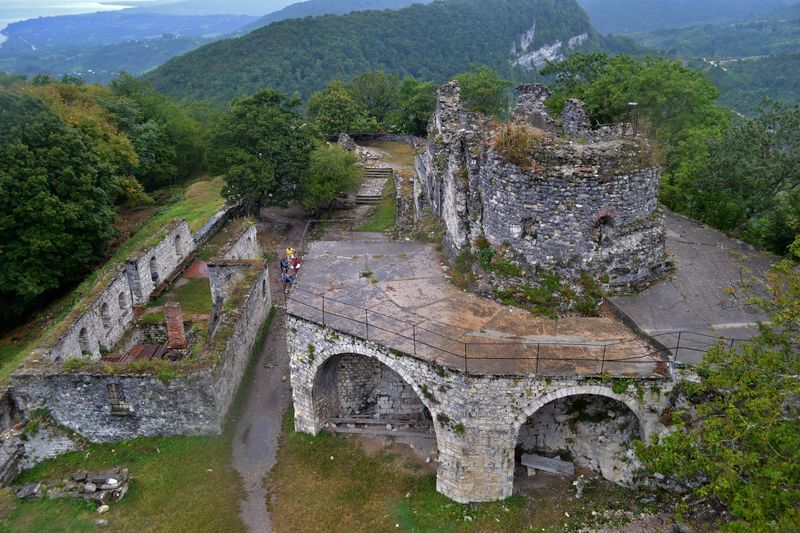 Руины Анакопийской крепости