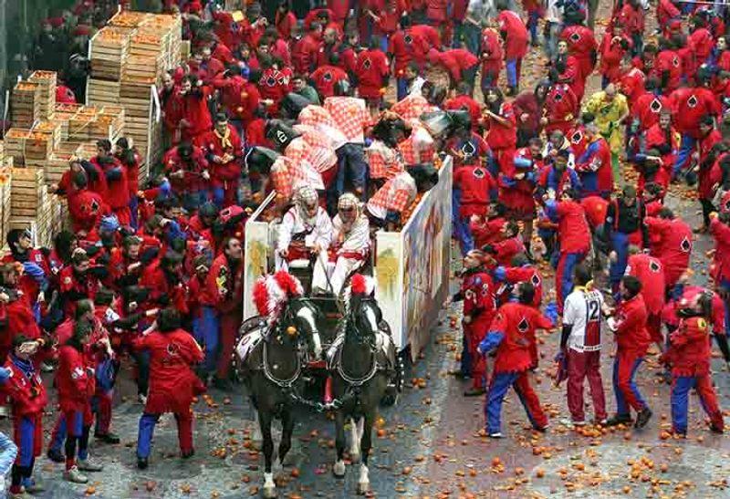 Ivrea carnaval ITÀLIA © Pecold / Shutterstock.com