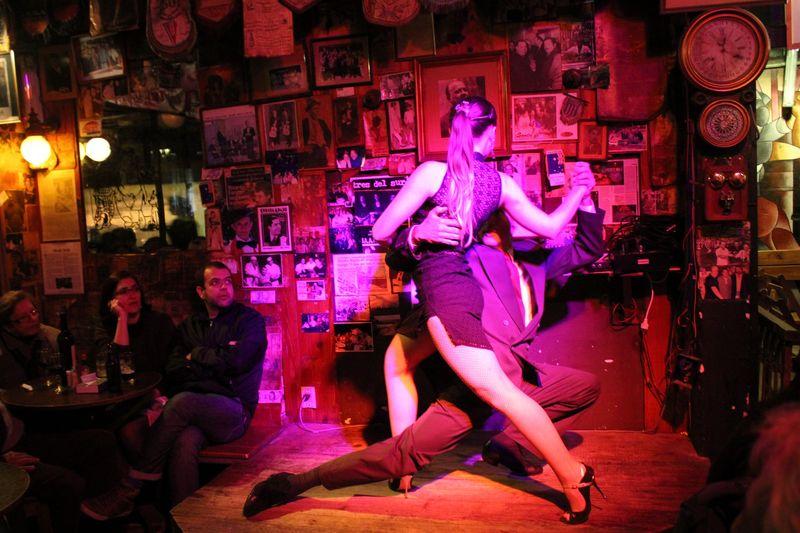 bailar tango en montevideo