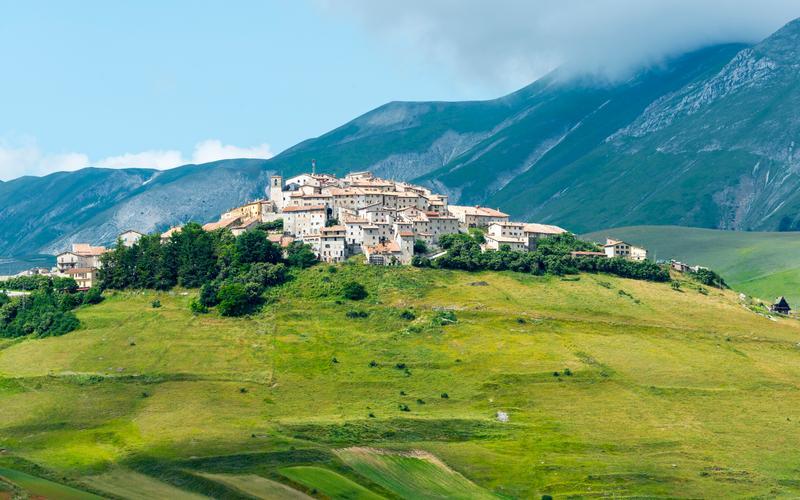 Il borgo di Castelluccio da Norcia