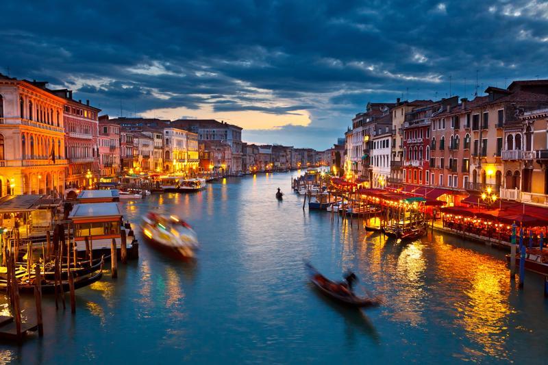 Η Βενετία το βράδυ