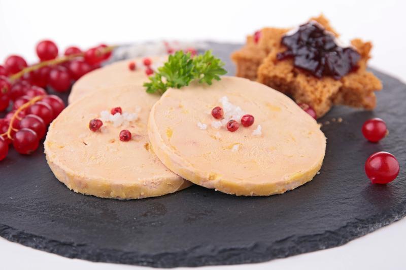Les cadeaux de no l interdits dans votre bagage main - Decoration assiette de foie gras photo ...