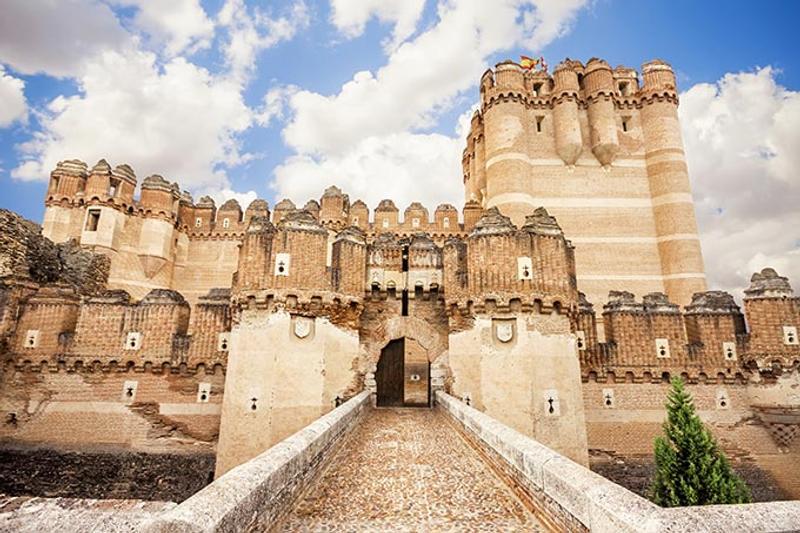 Castillos y Fortalezas de España Coca-castle-in-segovia-castilla-y-leon-spain