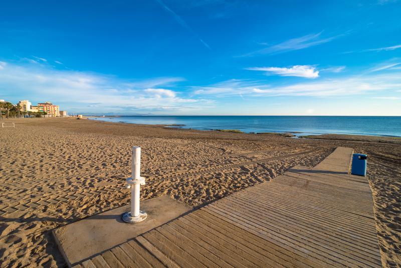playa de torrevieja alicante