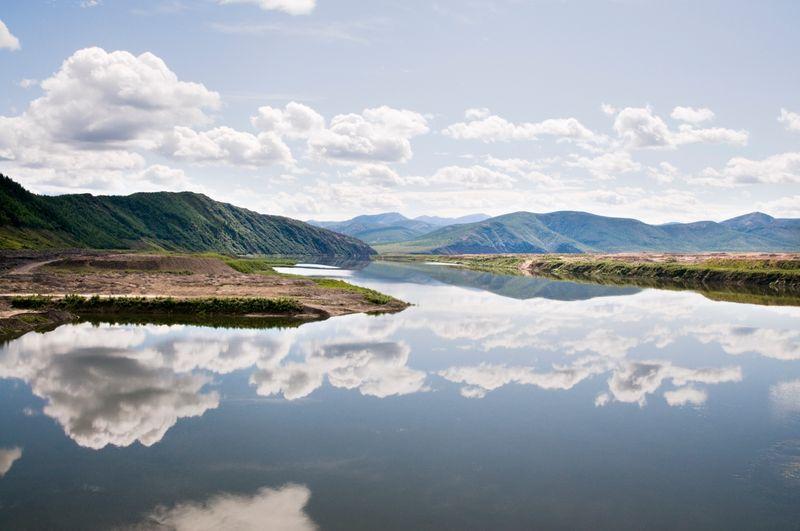 красивый вид на реку Колыма