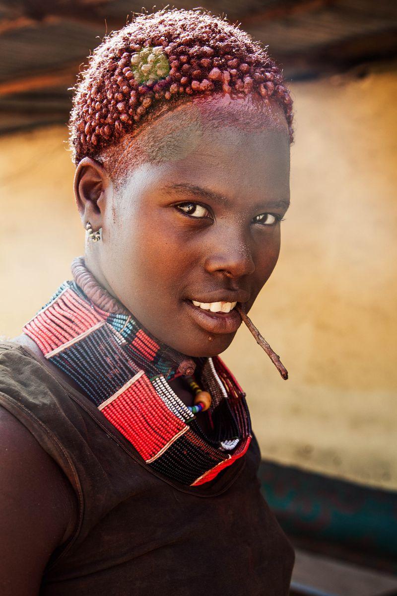 """Жительница Эфиопии из фотопроекта Михаэлы Норок """"Атлас красоты"""""""