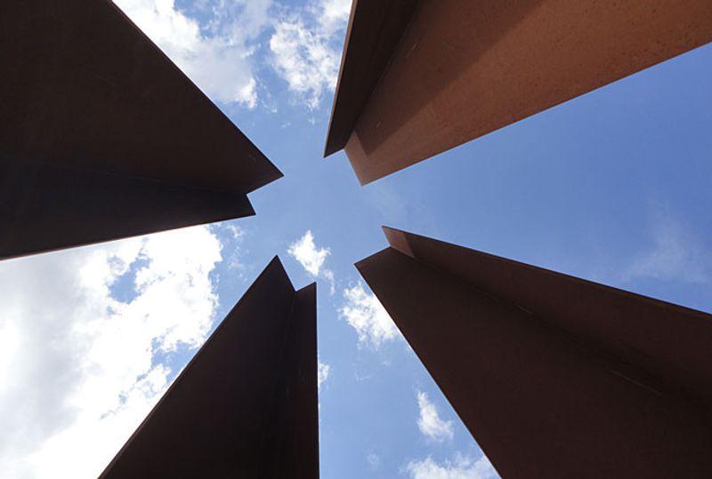 Berlin Wall Memorial © Jeroen van Marle