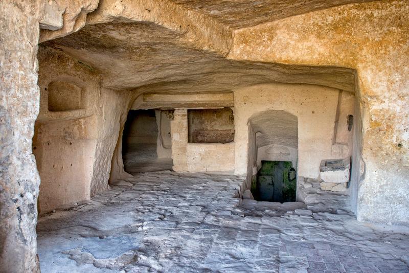 interno della casa-grotta