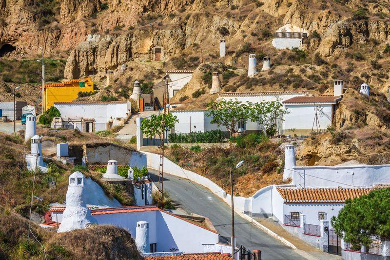 Guadix y sus casas-cueva en Granada