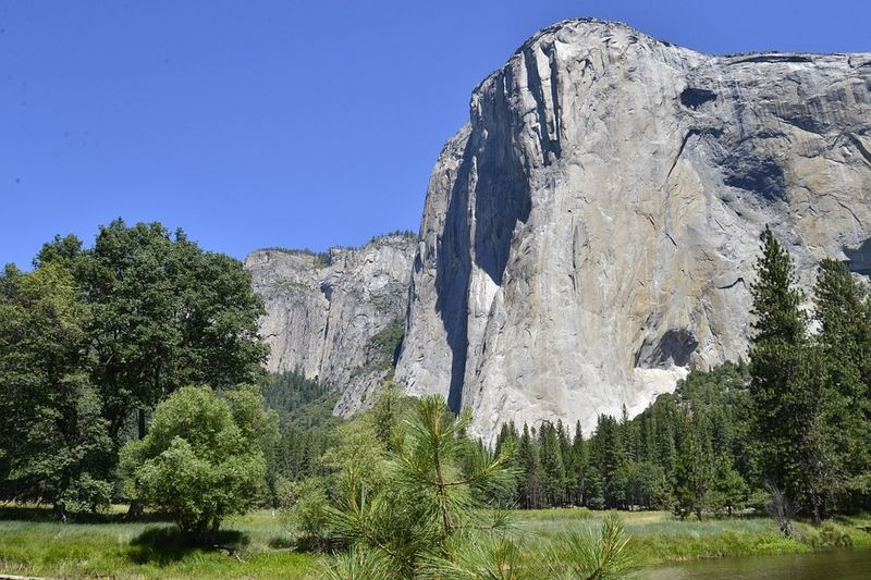 Lembah Yosemite,  Sierra Nevada, California.
