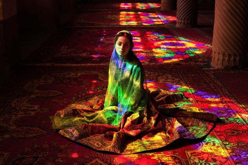 """Иранская женщина из фотопроекта Михаэлы Норок """"Атлас красоты"""""""