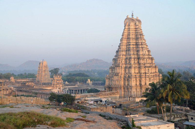 Храмы в Хампи, Индия