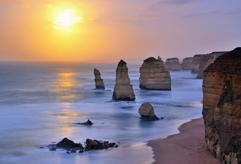 Οι βράχοι από ασβεστόλιθο, σήμα κατατεθέν του Μεγάλου Δρόμου του Ωκεανού
