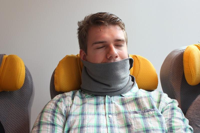 Travel Pillow Fight 11 Best Travel Pillows Reviewed