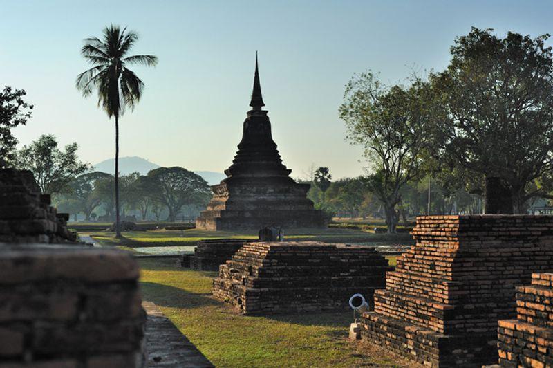 Руины Сукхотаи, Таиланд