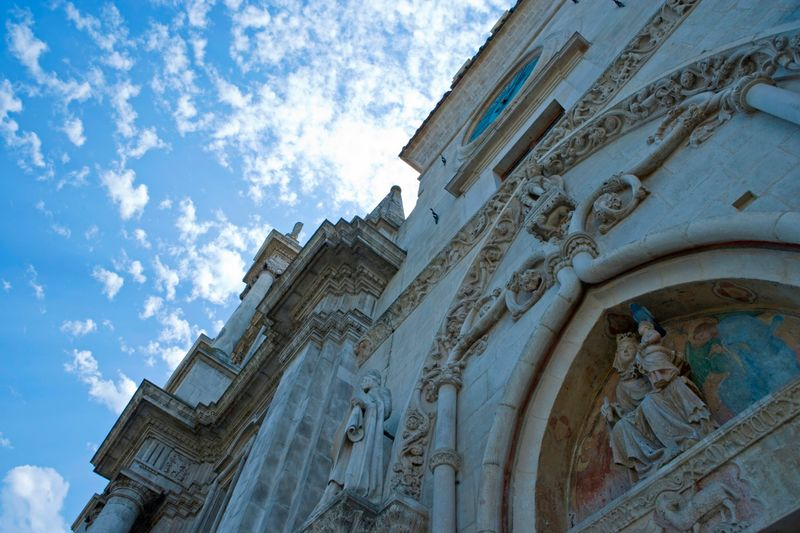 Sulmona, particolare della Cattedrale