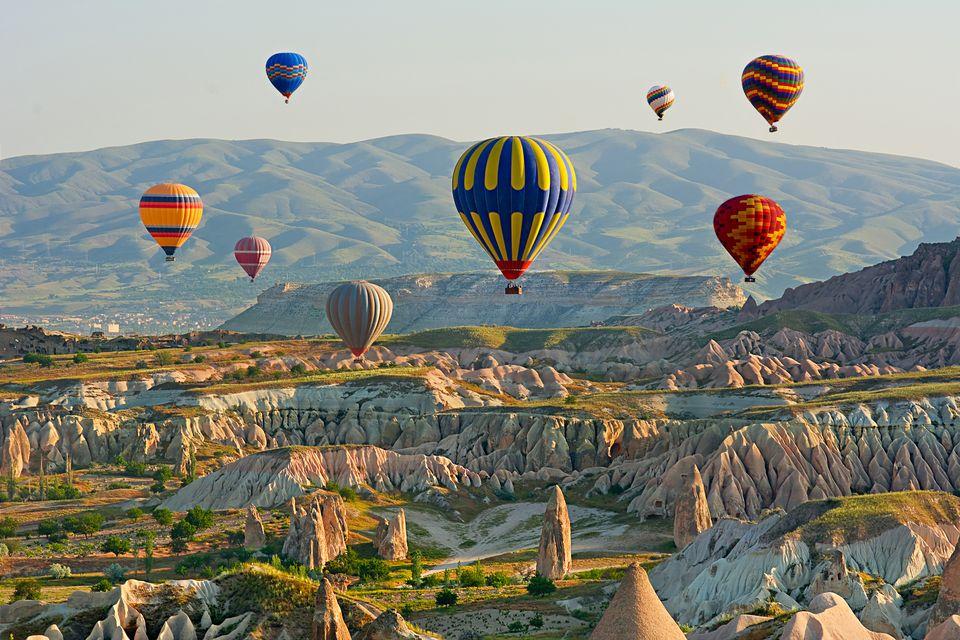 Воздушные шары над Каппадокией на закате