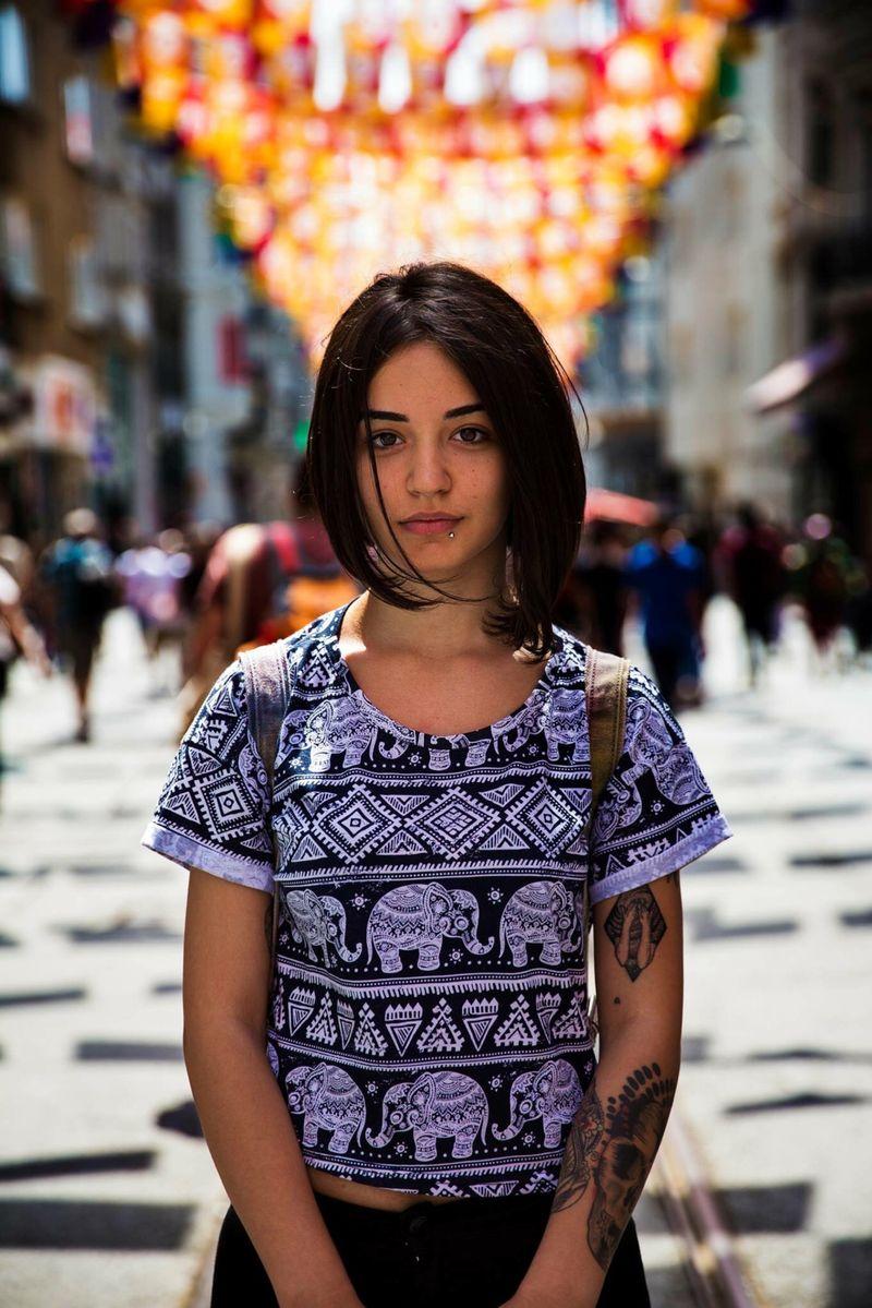"""Жительница Стамбула из фотопроекта Михаэлы Норок """"Атлас красоты"""""""