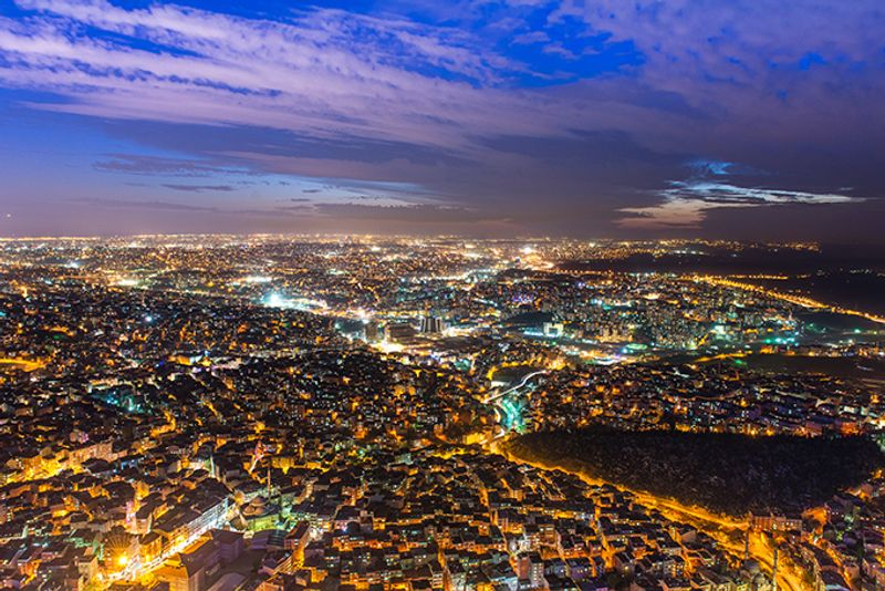 "Панорама вечернего Стамбула с небоскреба ""Сапфир"""
