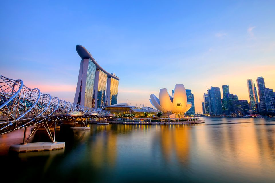 Best time to book cheap flights to Singapore from Philippines