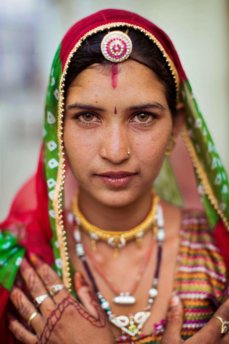 """Жительница индийского Раджастана из фотопроекта Михаэлы Норок """"Атлас красоты"""""""