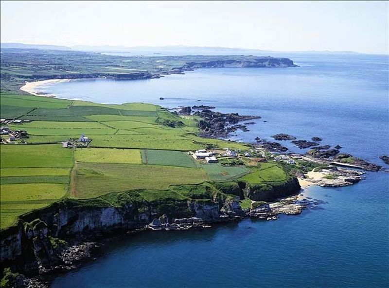 La bahía de ballintoy en irlanda del norte juego de tronos