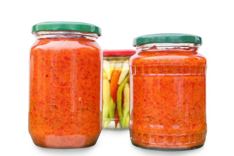 jars-homemade-sauce.jpg