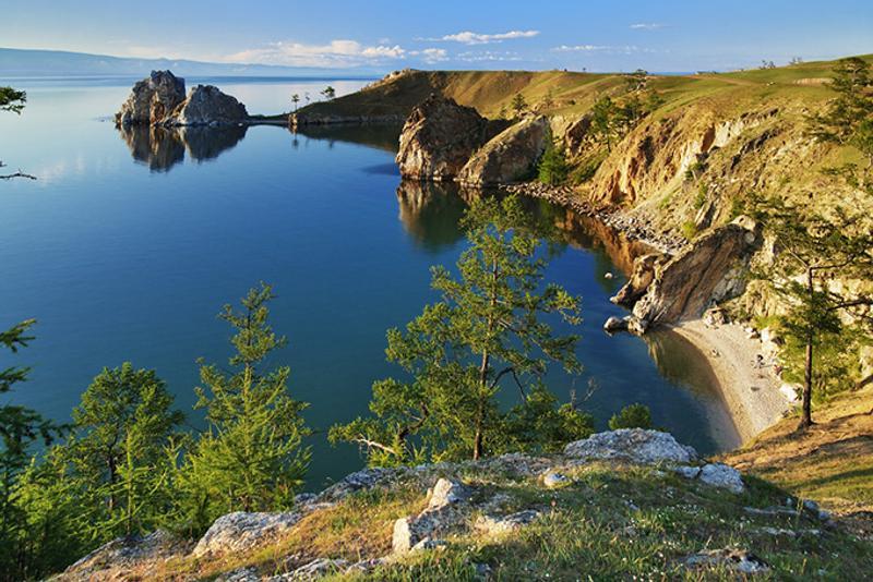Мыс Бурхан на острове Ольхон, Байкал, Россия